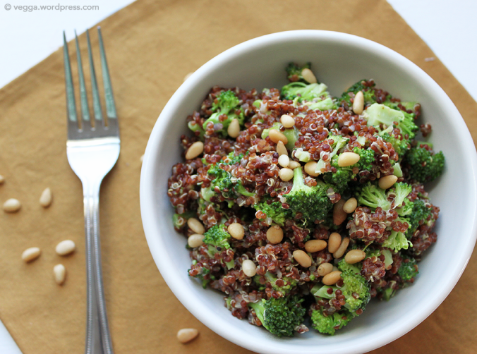 Lemon-Dijon Broccoli & Quinoa Bowl
