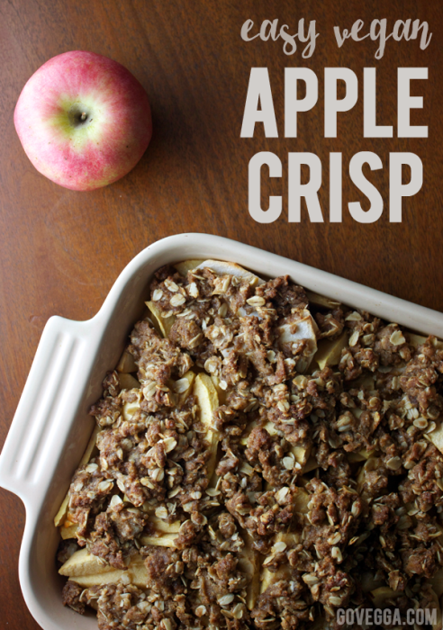 Easy vegan apple crisp // govegga.com