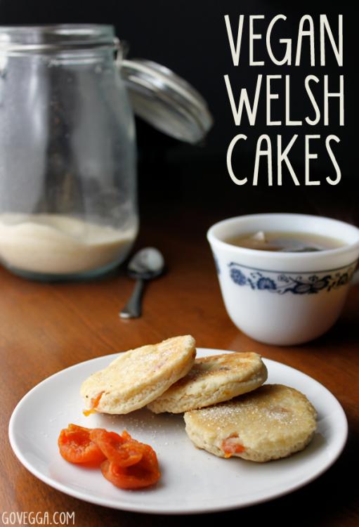 Vegan Traditional Welsh Cakes // govegga.com