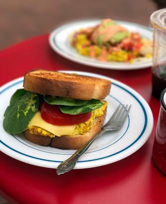 A tofu egg sandwich on thick Texas toast